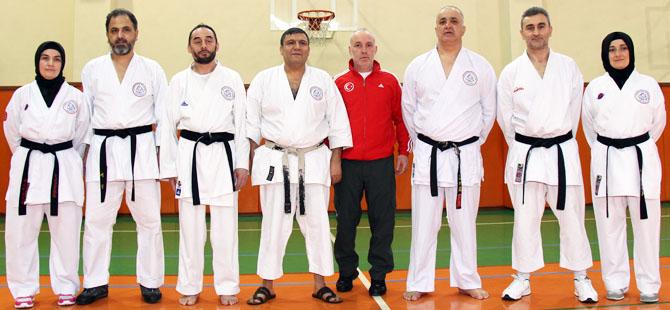 tr-veteran-karate-hocalari-toplu-halde.jpg
